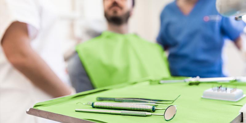 کلینیک دندانپزشکی آرسته شیراز