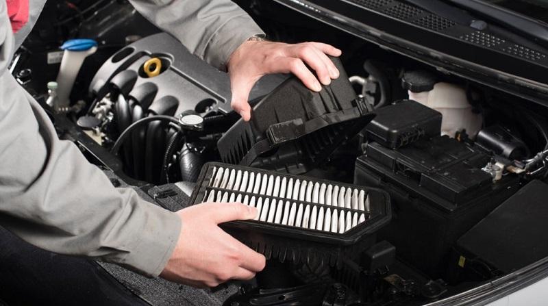 تعویض فیلتر هوای خودرو
