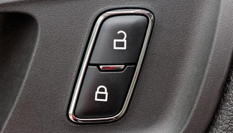 قفل در خودرو برای افزایش امنیت راننده و مسافر