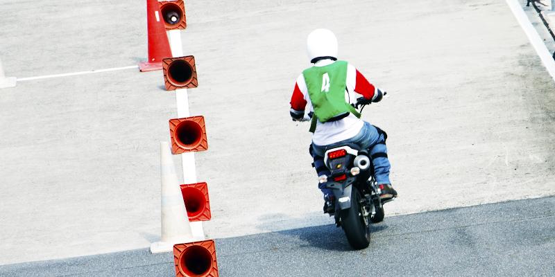 آموزشگاه رانندگی موتورسیکلت سلیمی