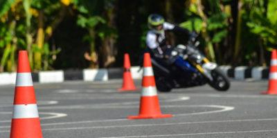 آموزشگاه موتورسیکلت تندر اصفهان
